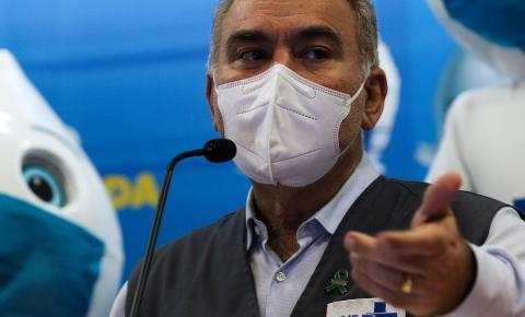 População estará imunizada contra covid até o fim do ano, diz ministro